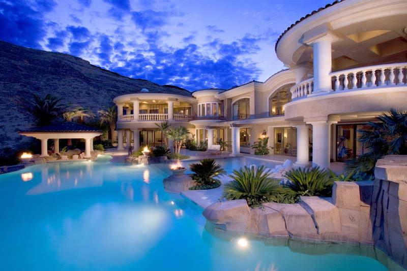 110558-Amazing-Mansion-Pool.jpg